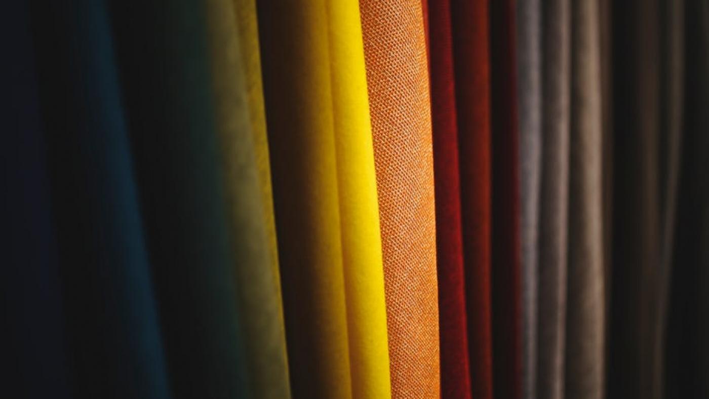 tissus pour test de colorimétrie a Toulouse, pour un conseil en image relooking